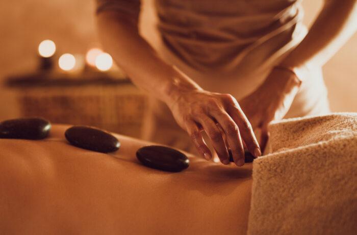 Hot stone massage - Pedicure Corinda